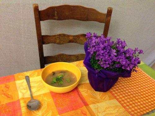 Shiitake - Jerusalem artichoke soup